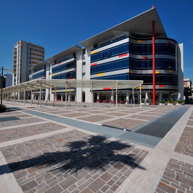 Pescara. Centro Direzionale.